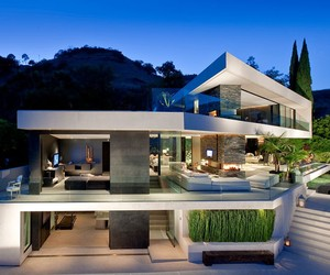 Beautiful Open House in Hollywood Hills