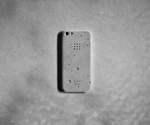 "Posh Craft x Realize ""Luna"" Concrete Case"