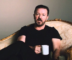 Ricky Gervais Makes an Ad for Optus