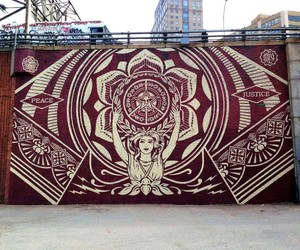 Streetart: New Mural by Shepard Fairey in New York