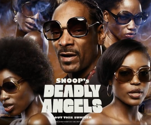 """Snoop Dogg - """"Too Many Pros"""" (New Video)"""