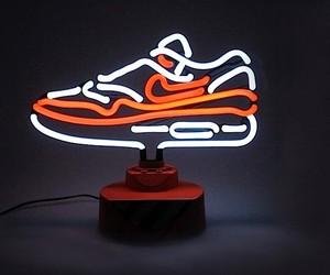 Die Air-Max-One-Neonlampe