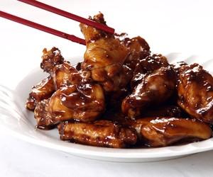 Sticky Garlic Chicken Wings