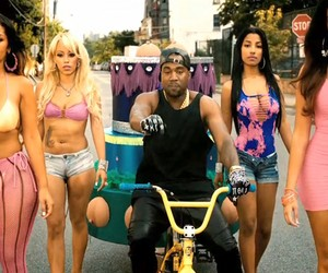 Kanye West X 2Chainz - Birthday Song