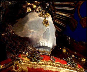 -Skeletons Unearthed From The Catacombs Of Rome