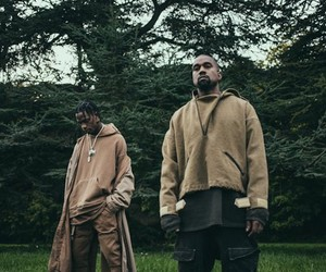 Travis Scott - Piss On Your Grave (ft. Kanye West)