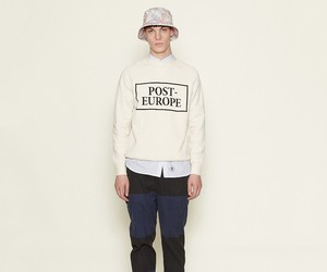 Wood Wood Hester Post-Europe sweatshirt eggnog